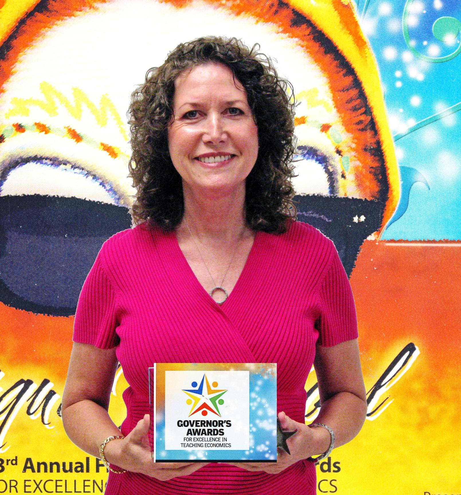 Shirley Helton named Florida Stock Market Challenge teacher of the year