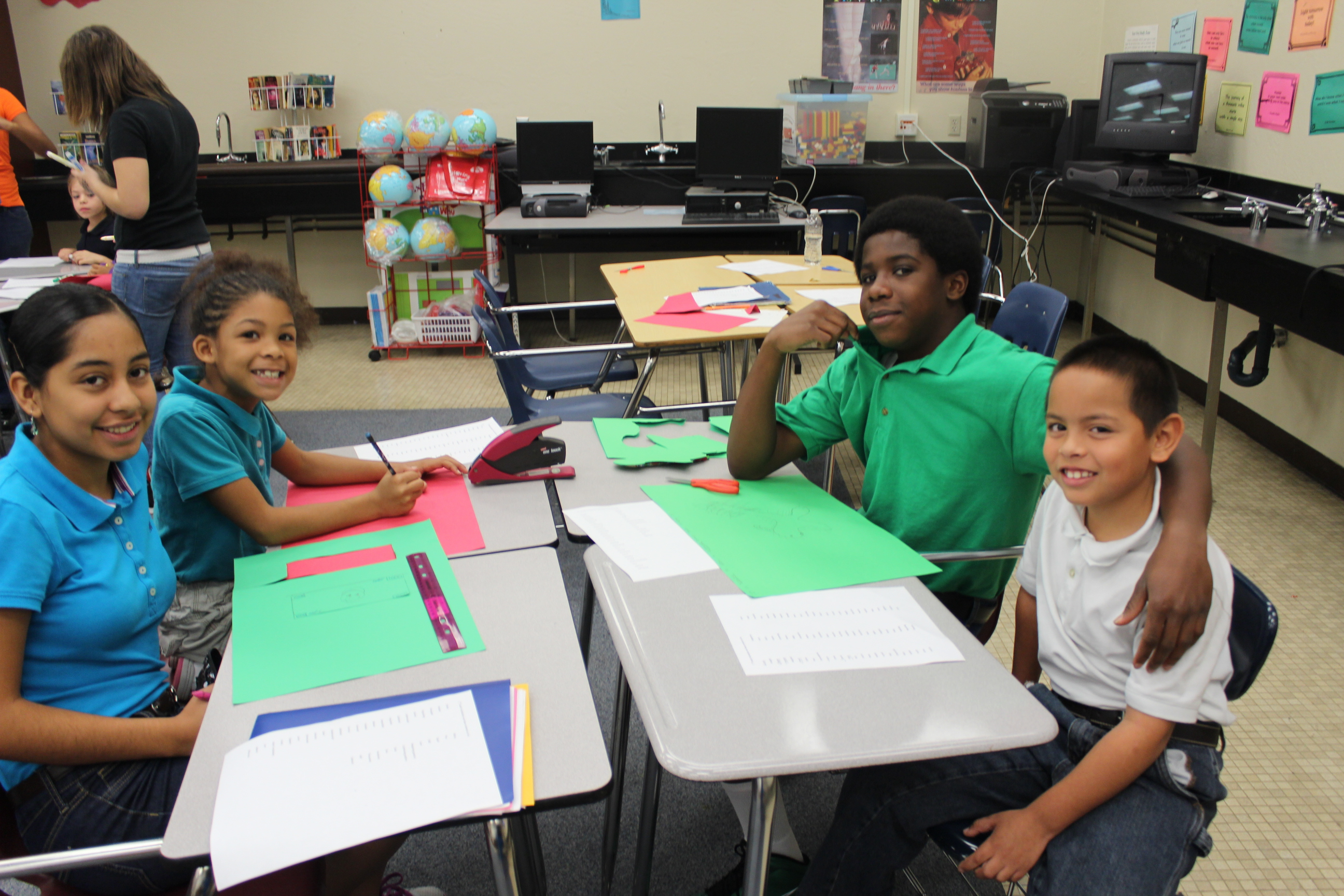 Northport students cultivate learning relationships