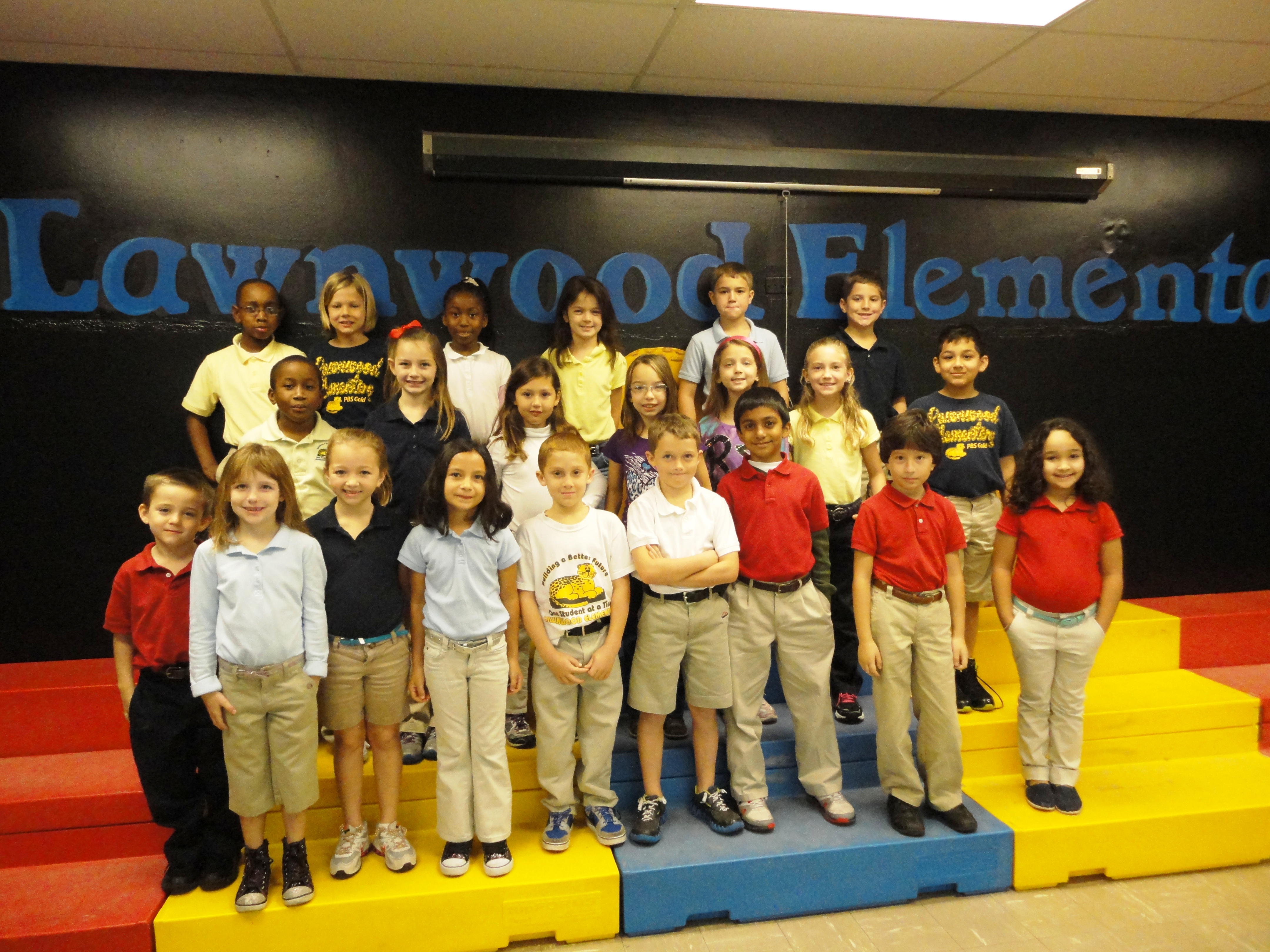Lawnwood Elementary students earn healthy habits writing prize