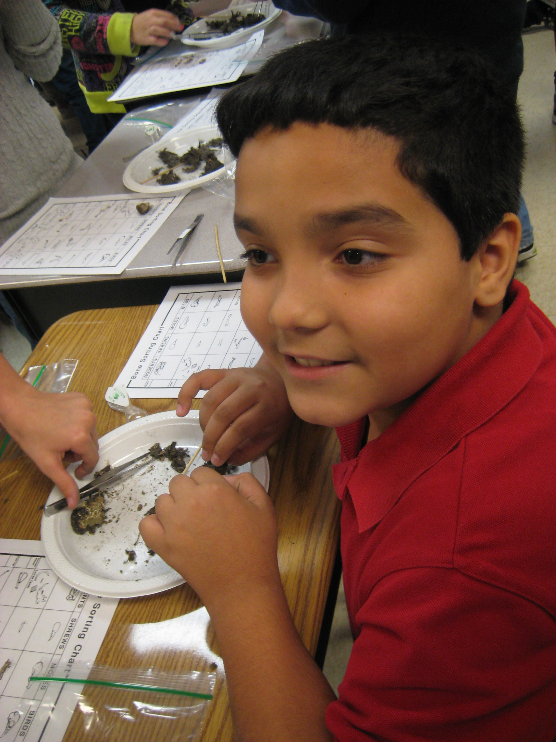 Mariposa Elementary students learn hands-on about nature