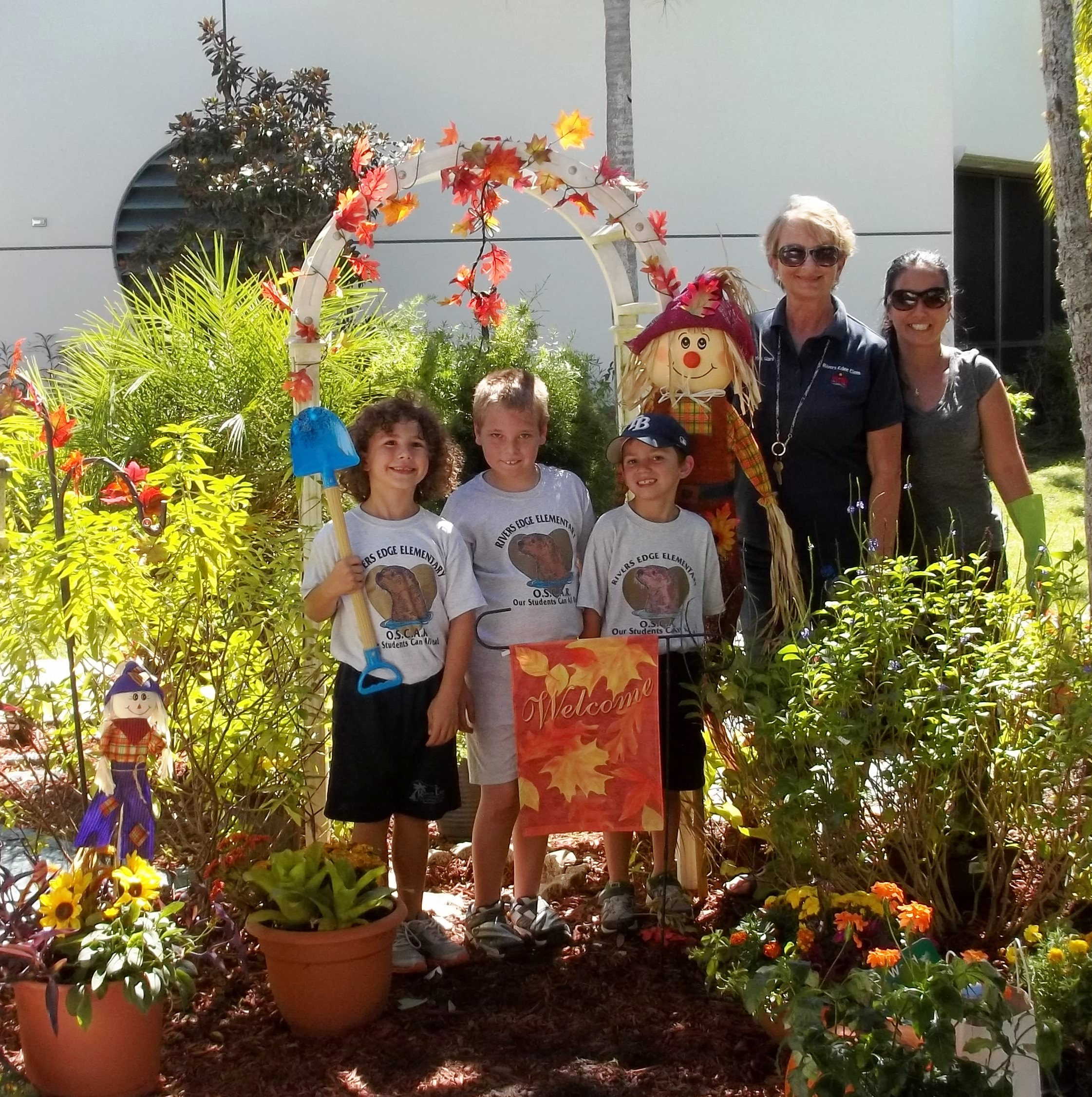 Rivers Edge students, staff and parents enjoy Gardening Day