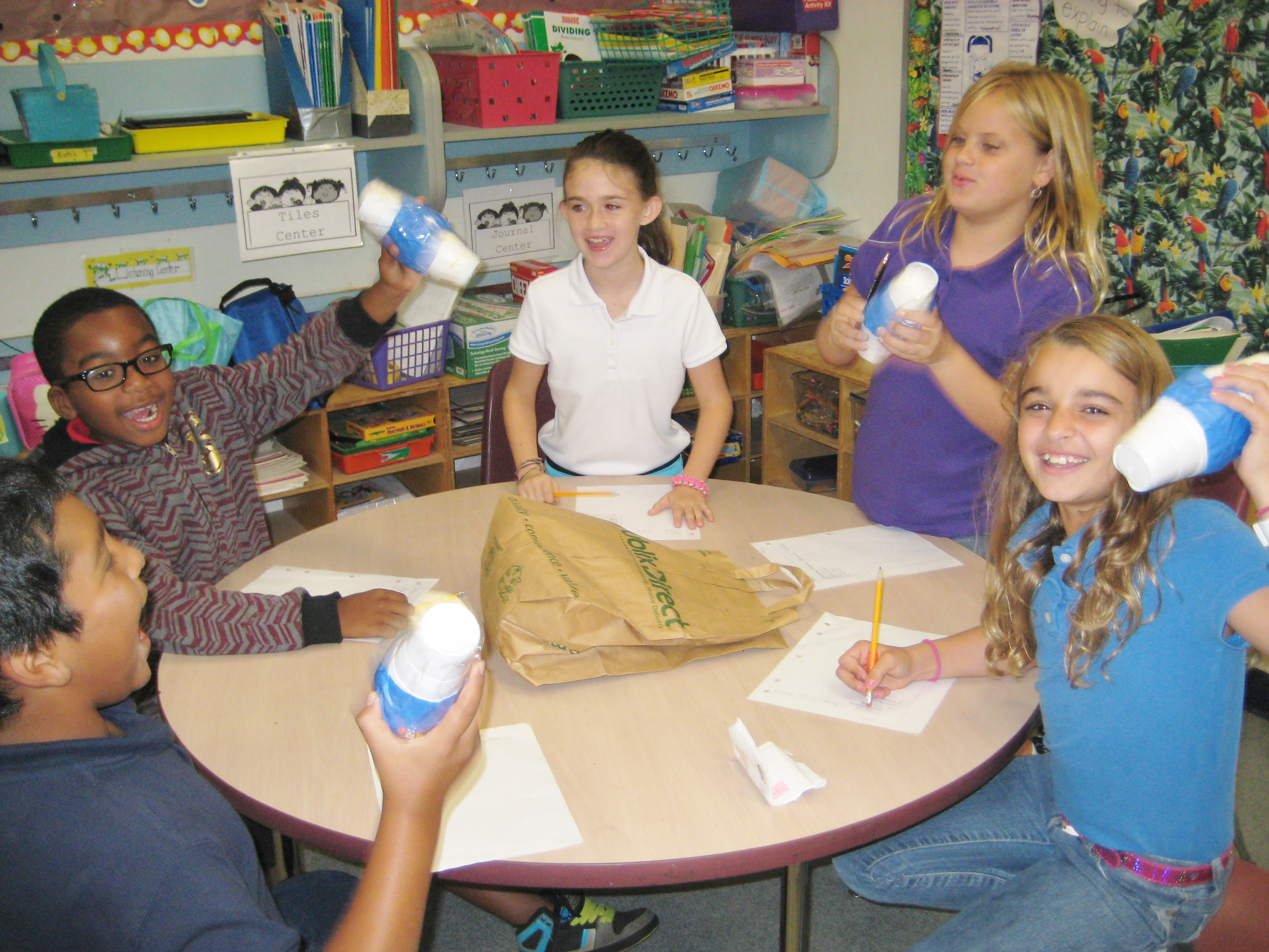 Mariposa Elementary students investigate their senses