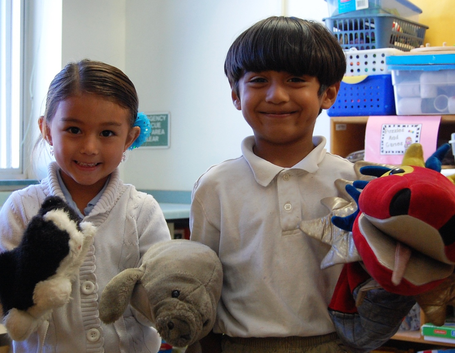 F. K. Sweet kindergartners learn to develop story lines with puppets