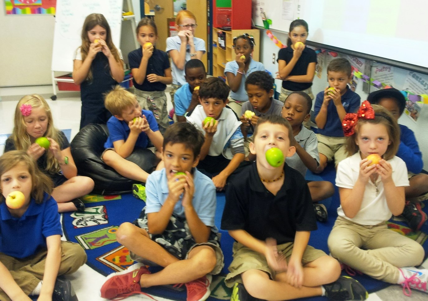 Palm Pointe students bite into healthy eating