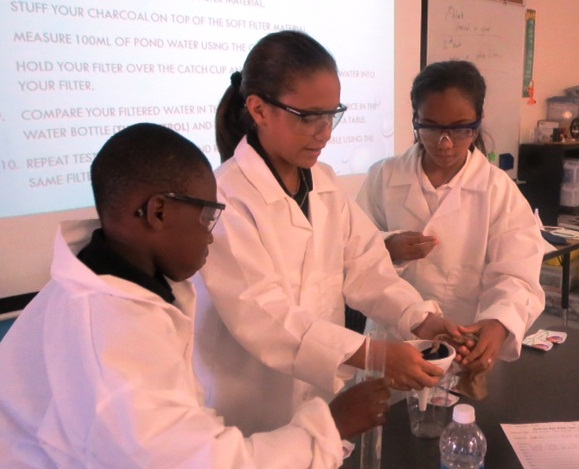 Fort Pierce Magnet School students combine science and engineering