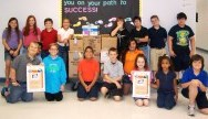 Floresta Elementary collects food for local families