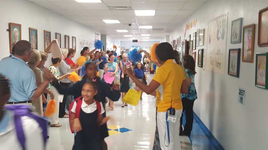 Tunnel of Hope Welcome Back to Morningside Elementary students!