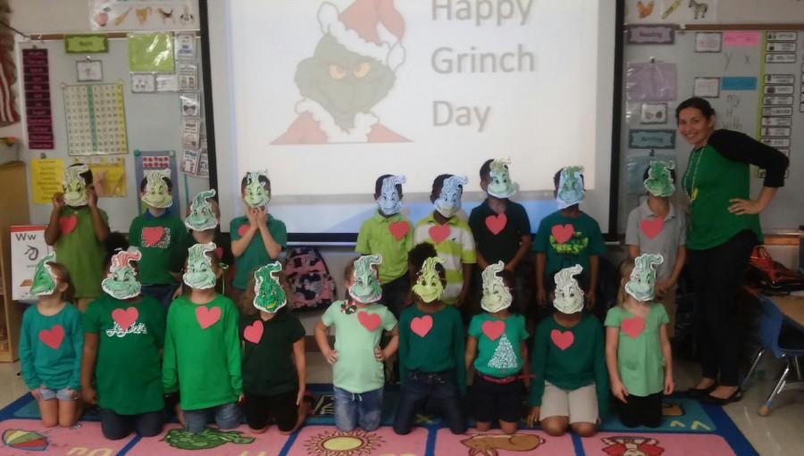 SLWK-8 Grinch Day