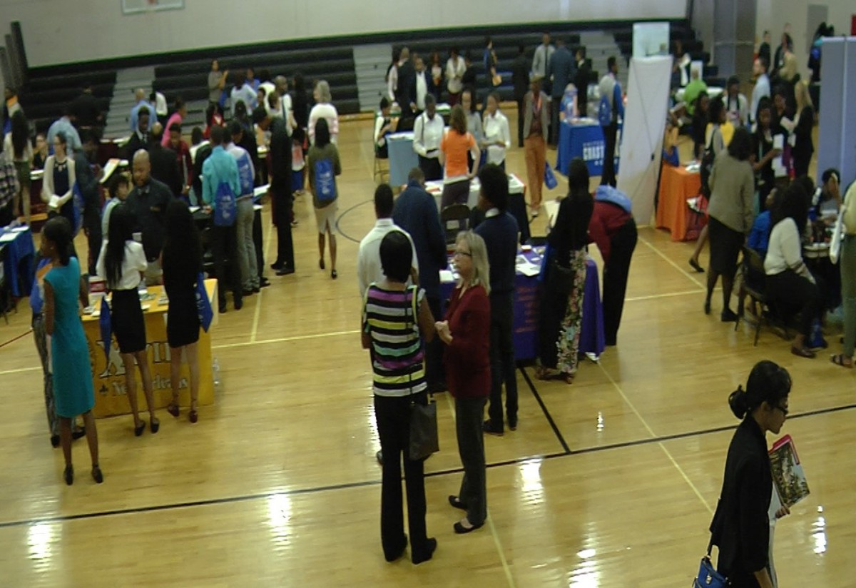 College Fair Results in Scholarships Worth Nearly 6 Million for St. Lucie High School Seniors