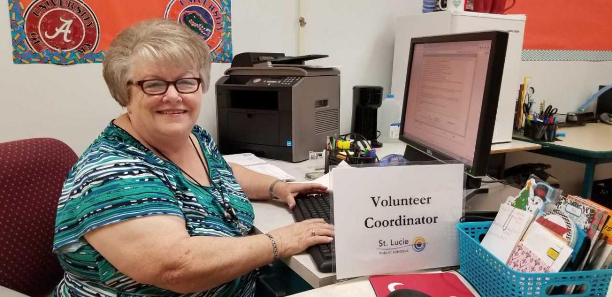 Become A School Volunteer
