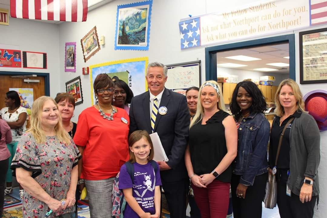 SLPS Superintendent Gent Visits Northport K-8