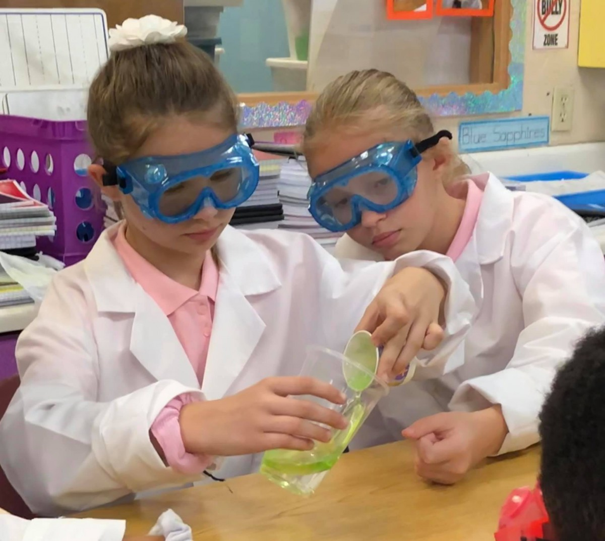 Bayshore Elementary 5th Graders Develop a Love for Science